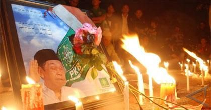 Lilin Untuk Gus Dur