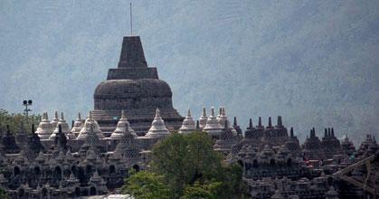 Penutupan Stupa Dihentikan
