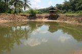 Air bekas galian tambang, warga Belitung gunakan untuk MCK