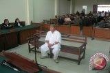 Kejaksaan terus cari keberadaan  mantan Bupati Lampung Timur