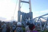 Jembatan Kutai Ambruk