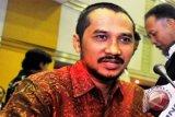 Abraham Samad minta kasus Novel segera diungkap