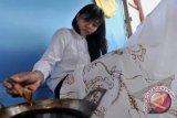 Batik Tradisional Paoman Indramayu Diminati Amerika