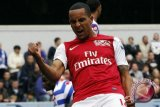 Walcott absen lawan Montpellier karena cedera bahu