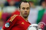 Iniesta kembali perkuat Barca saat lawan villareal