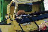 Truk angkut CPO terbalik di Sibolangit Sumut