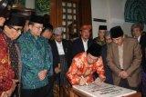 "Tifatul Sembiring Resmikan ""Janjang Koto Gadang"""