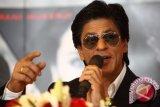Shahrukh Khan dan Priyanka Chopra raih
