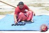 UNDP Perkenalkan Briket Di Sulawesi Tengah