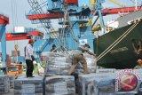 Wapres Boediono tinjauan perkembangan proyek pelabuhan Priok