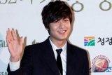 Lee Min-ho bekerja sama dengan penulis skenario