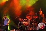 Chi Cheng, bassis Deftones meninggal dunia