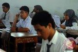 Peserta UN: Soal Matematika Menguras Pikiran