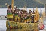 Festival Danau Sentani etalase seni budaya