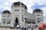 Ingin Lihat Pemandangan Indah, Masjid Ini Bangun Menara Setinggi 85 Meter