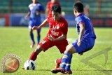 Sepak Bola - PSM Kalahkan Arema FC 5-0