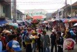 Pedagang Tagih Janji Pembenahan Pasar Keramat