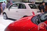 Fiat 500 Hadir di IIMS 2013