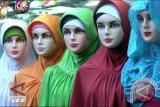 Kerudung Berbahan Kaus Untuk Perempuan Aktif