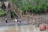 Dandim OKU akan bangun jembatan gantung Sukamerindu