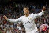Ronaldo tuai pujian Zidane usia berikan penalti untuk Benzema