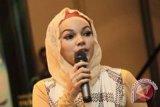 Dewi Sandra: berhijab butuh proses