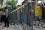 Kapolda: ledakan di Pasuruan berdaya ledak rendah, polisi jinakan sisa bahan peledak