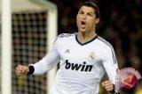 Ronaldo dan Benzema antar Real ke final Piala Dunia Antarklub