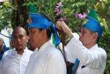 Jackson Kumaat dapat gelar adat dari warga Borgo