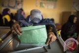 Warga Afghanistan antre untuk berikan suara, tidak gentar akan serangan