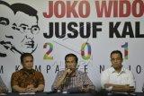Relawan Jokowi Nyalakan 1.000 Lilin Untuk Palestina