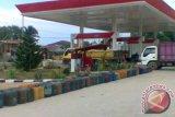 Kasat Reskrim Polres Tojo Unauna dianiaya warga di SPBU Ampana