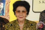 Jenazah mantan Menteri Urusan Peranan Wanita Mien Sugandhi disemayamkan di KPPPA