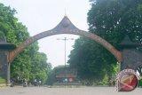 2.267 Mahasiswa UNS KKN ke Sejumlah Daerah