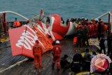 Warga Pegunungan Doakan Evakuasi AirAsia QZ8501