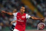 Kalah 0-3 dari Palace, Walcott Minta Maaf pada Suporter Arsenal