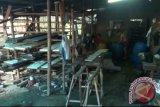 Anggota Primkopti dapat bantuan peralatan pembuatan tempe
