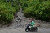 Akibat longsor sebabkan akses dua ribu jiwa di Solok Selatan tertutup