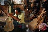 Kerajinan Gitar Yogyakarta