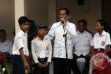 Tiga kartu yang digagas Jokowi dapat kritikan BPN
