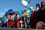 Lebih dari setengah orang Indonesia sudah melek internet
