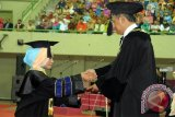 Menpan-RB menyediakan kuota ASN lulusan Cum Laude