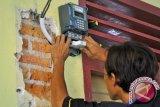Pemda Poso berhasil tekan biaya listrik