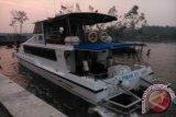 Kapal klinik terapung LPMAK beri layanan terbatas