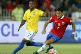 Costa dipastikan absen saat Brazil lawan Serbia