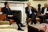 Obama menangis memohon pengendalian senjata segera dilakukan