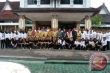 Gita Swara Muara Teweh Ikuti Borneo Marching