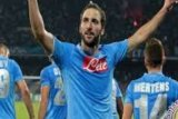 Napoli Menang 2-0 Di Markas Verona