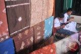 Remaja Palembang diajak kembangkan songket jumputan