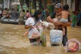 Tujuh sekolah di Sampang diliburkan karena banjir